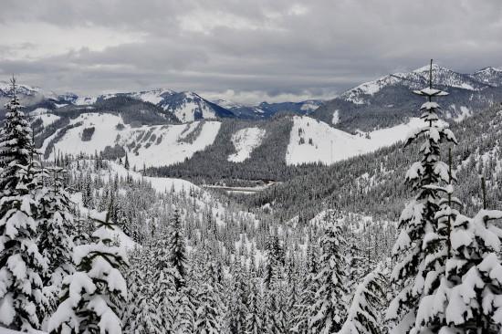 In Richtung Snoqualmie Pass Skipisten